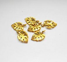Levél medál - 20*12 mm - antik arany