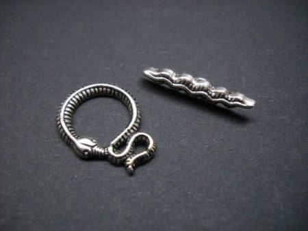 Kígyómintás kapocs - ezüst 20*15 mm