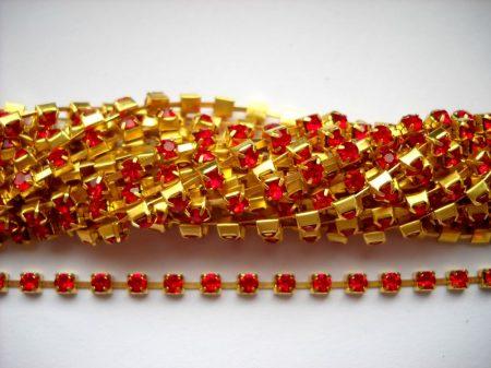 Strasszlánc - 3,2 mm - siam -arany - 25 cm