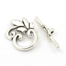 Leaf Toggle clasp - antique silver -38*18 mm