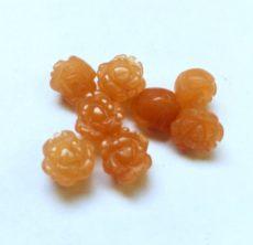 Narancs karneol achát rózsa - félig fúrt - 12 mm