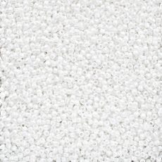 Toho 11/0 - #124 -  Opaque lustered white - 10 gr