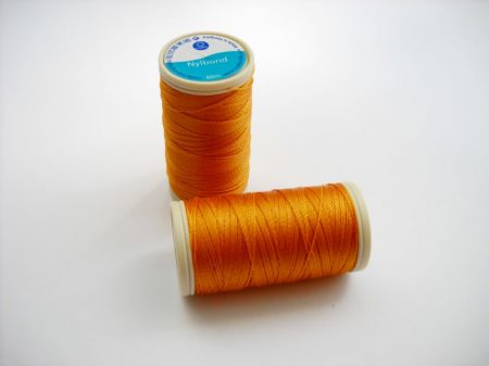 Nylbond gyöngyhímző cérna -  sárgarépa (# 5690) - 60 m