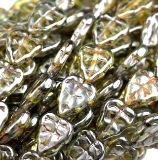 Cseh levélgyöngy - 10*8 mm -  áttetsző lüszteres zöld