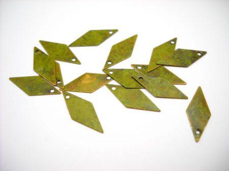 Vörösréz rombusz  - antik moha - 18*8 mm