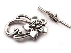 Virágmintás kapocs - ezüst 30*20 mm