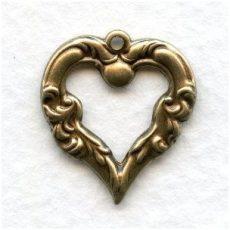 Sárgaréz  szív veret - 20 x18 mm - 1 db