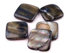 Gyöngykagyló négyzet - 18 mm - szürke