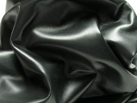 Fekete báránybőr - 20*10 cm