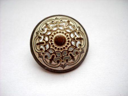 Kerek kelta mintás fémgomb - 23 mm - patina