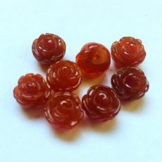 Vörös karneol achát rózsa - félig fúrt - 12 mm