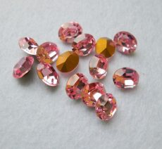 Swarovski ovális kristály - 10x8 mm - light rose
