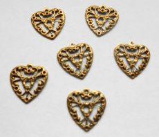 Sárgaréz  szív veret - 19 x 17 mm - 1 db