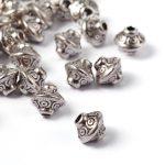 Fémgyöngy - antik ezüst - 6,5x6,5 mm