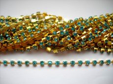 Strasszlánc - 3,2 mm - aquamarine -arany - 25 cm