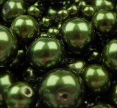 Czech glass pearl - 4 mm - 50 pcs/pack - pine green