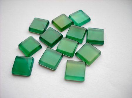 Zöld achát kaboson - 10 mm
