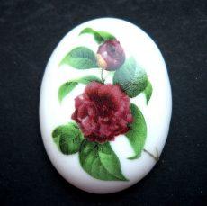Porcelán kaboson - 40*30 mm - kamélia