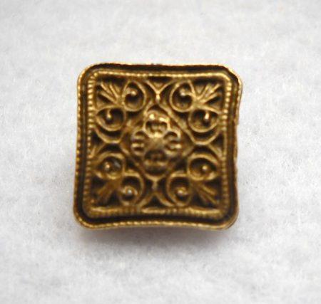 Szögletes virágmintás fémgomb - 12 mm - bronz