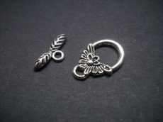 Flower toggle clasp - antique silver -18*12 mm