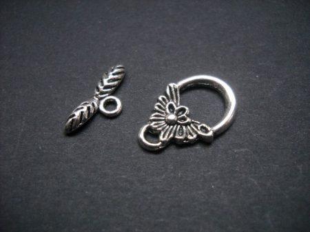 Virágmintás kapocs - ezüst 18*12 mm - 2 pár