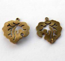 Levél medál - 30*28 mm - bronz
