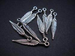 Metal charms/drops
