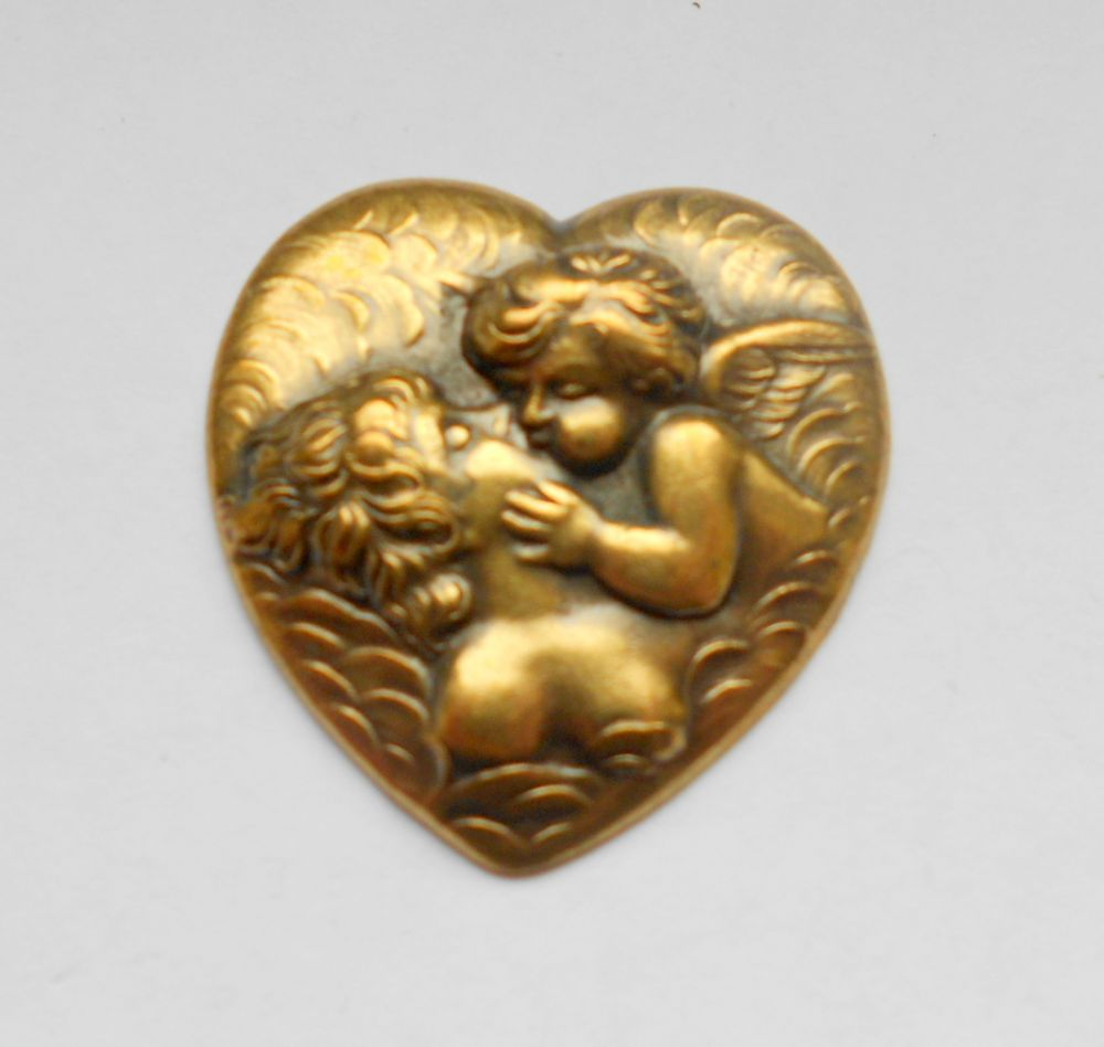 Sárgaréz angyal szív veret - 45 x 45 mm - 1 db